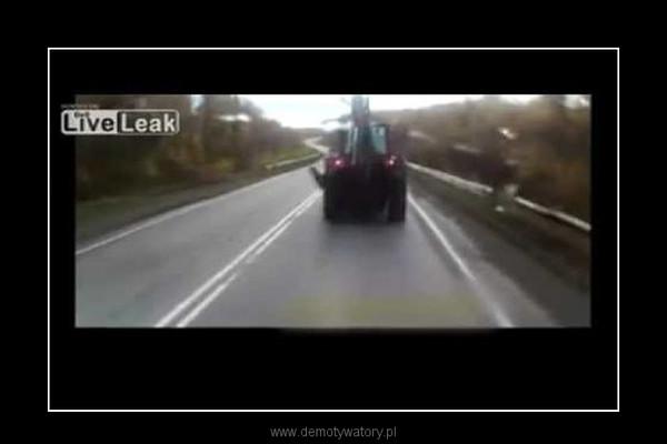 wjechał w ciągnik –