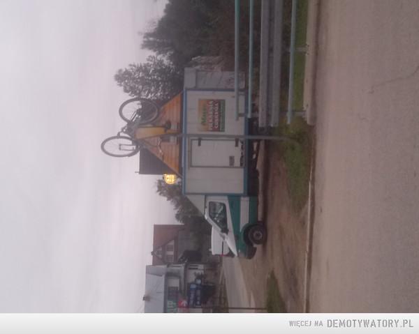 Prawidłowe oznakowanie dróg dla rowerów :D  –
